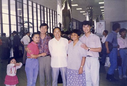 Leaving for US 踏上赴美的旅程 08/19/1993